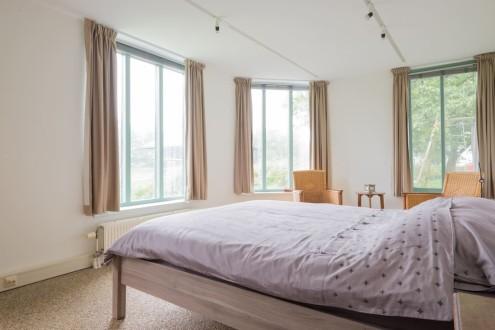Koetshuis slaapkamer tweepersoonsbed1
