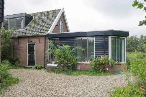 Koetshuis vrijstaand midden in de polder2